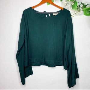 Cloth & Stone Green Long Wide Sleeve Top